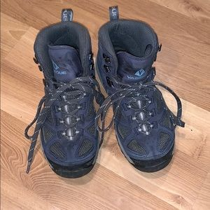 Vasque hiking boots navy blue size 7.5